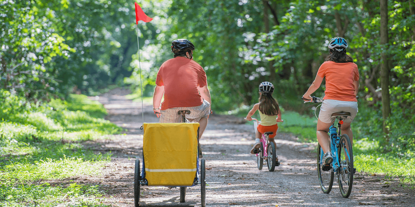​7 Ways to Get Family Time Outside