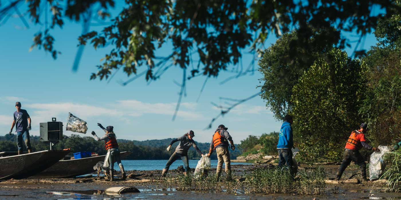 Image for In Good Company Cleans Up the Ohio River